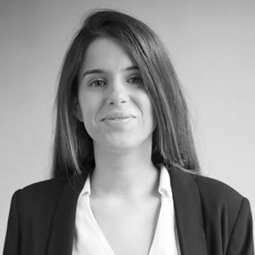 Astrid Edo, Clínica Dental Oliver Coll